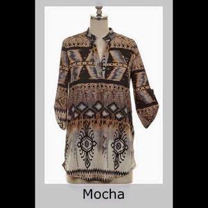 Tops - 🆕 Charcoal & mocha print v-neck, roll-tab sleeve